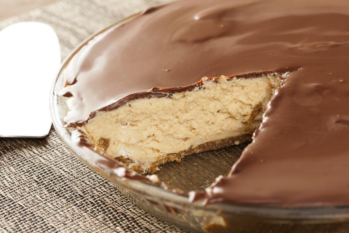 3 przepisy na ciasta z dodatkiem masła orzechowego