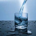 Pamiętaj - pij zimą wodę!