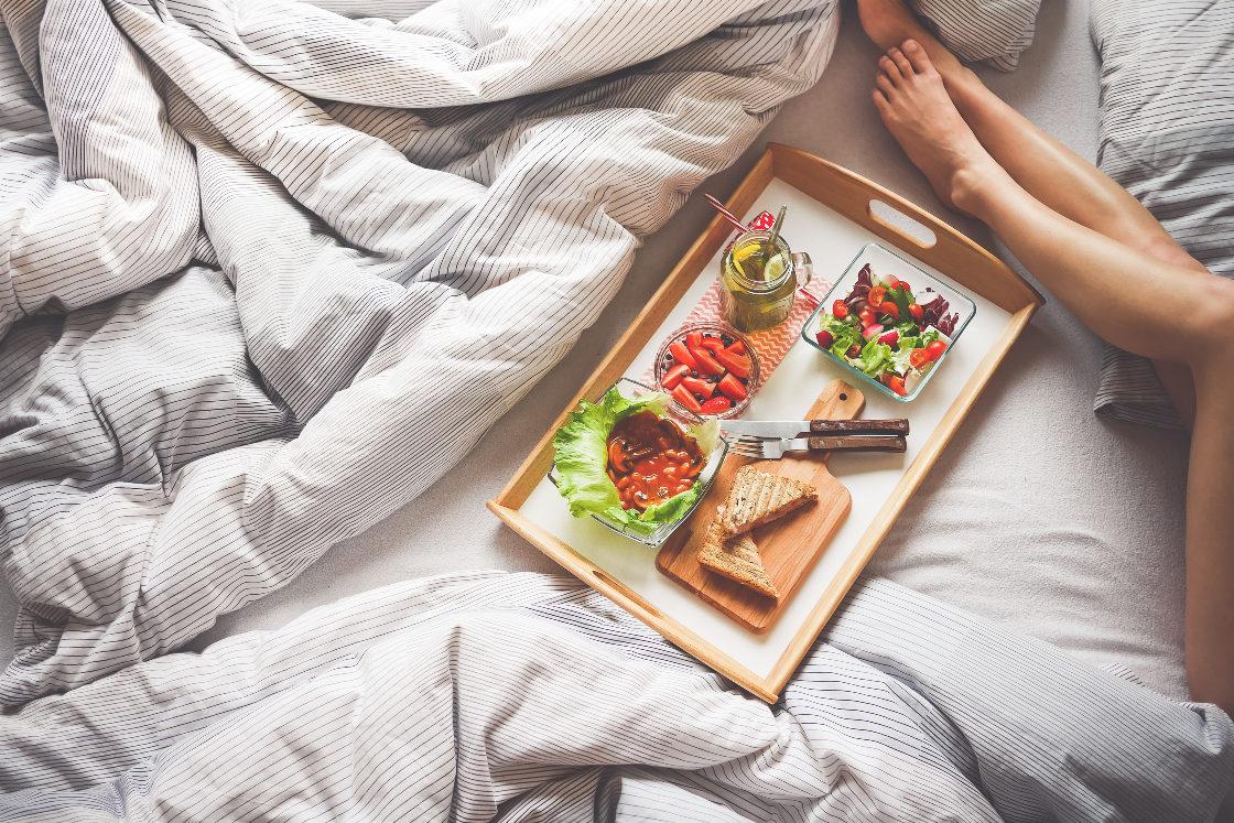 Pyszny poranek na Dzień Kobiet - śniadanie do łóżka