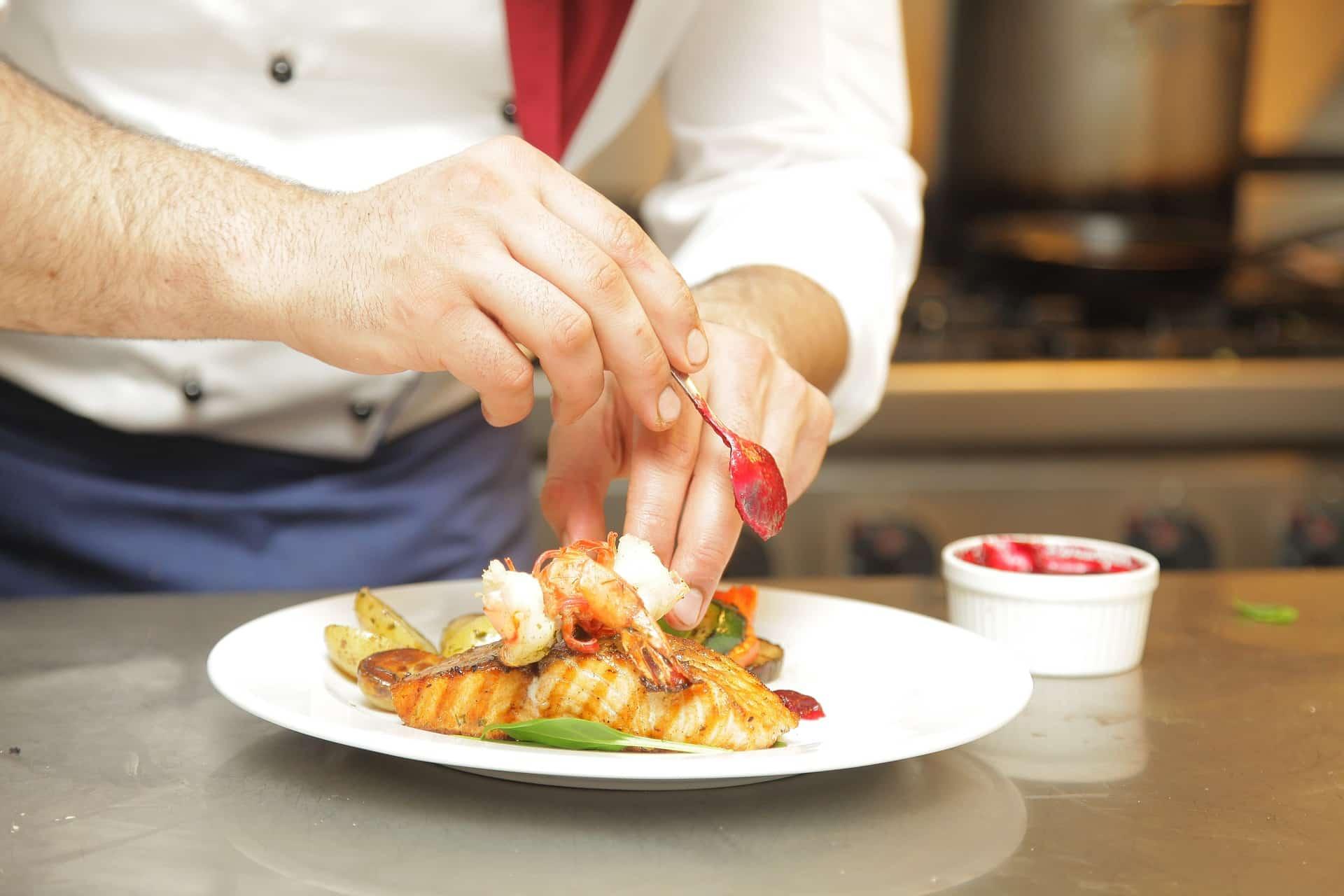 Szef kuchni w Twojej restauracji - jak znaleźć tego najlepszego?