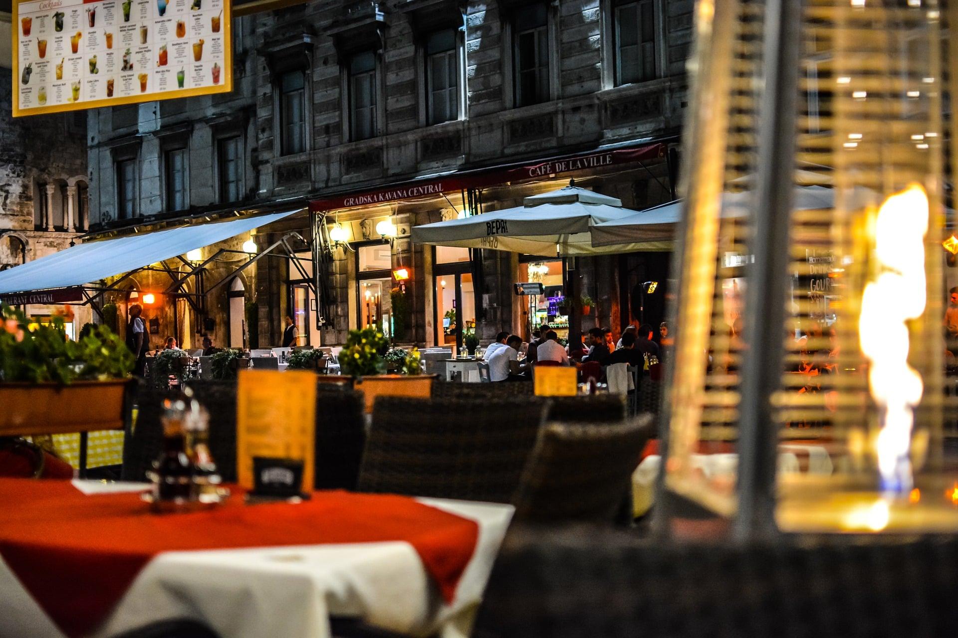 Lokalizacja nowo powstałej restauracji może stać się magnesem dla potencjalnych klientów.