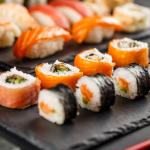 Dobroczynne działanie sushi dla zdrowia izgrabnej figury